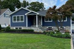 GAF HDZ Shingle: Charcoal KingWall Shake: Indigo King Classic siding: Indigo